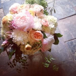 Chique Botanique Extravagant Vase Arrangement