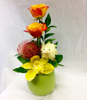 Chirp Chirp Fresh Floral Design in Covington, WA | The Royal Bee Florist