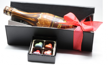 CHOCOLATE BOTTLE OF CHAMPAGNE