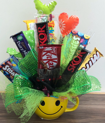 Chocolate Bouquet happy Face Mug