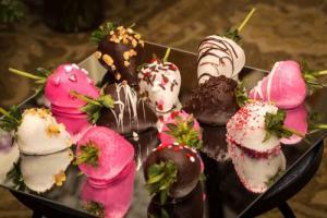 Chocolate Covered Strawberries  in Farmville, VA | Rochette's Florist