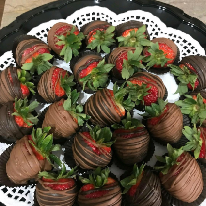 Chocolate Covered Strawberries  **Limited Quantity Valentine's Day
