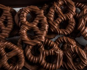 Chocolate Pretzels 1lb