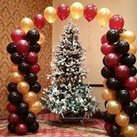 Christmas Balloon Arch Balloons in Bracebridge, ON | CR Flowers & Balloons ~ A Bracebridge Florist