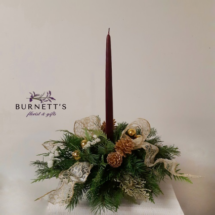 Christmas Candle Christmas Arrangement