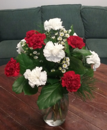 Christmas Carnation Arrangement