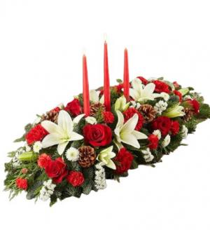 CHRISTMAS CENTER PIECE   in Tamarac, FL | Ellie Flowers and Gift Shop