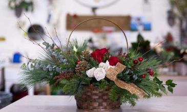 Christmas Charm Christmas arrangement