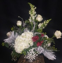 Christmas Diamond Jubilee CenterPiece