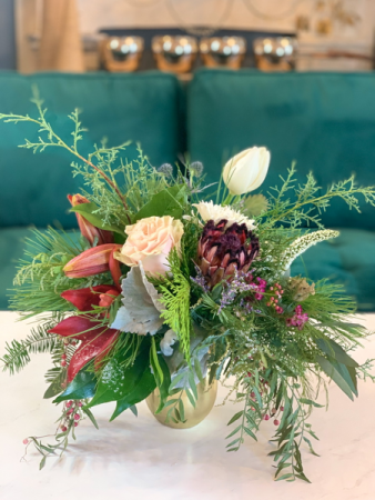 Christmas Fresh Flower Special  Holiday Fresh Floral Arrangement