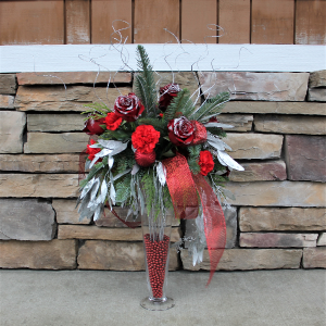 Christmas Frost Christmas Centerpiece in Woodinville, WA | Woodinville Florist®