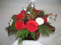Christmas Jewel table arrangement