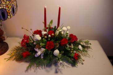 Christmas Light Up Elegance Centerpiece