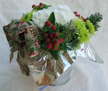 Christmas Memories-Standard Christmas Arrangement