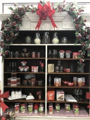 Christmas Pantry Gourmet Gifts in Spring, TX | TOWNE FLOWERS