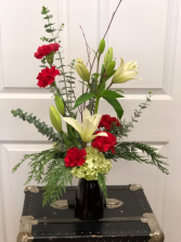 Christmas Sampler vase arrangement
