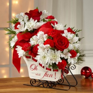 CHRISTMAS SLEIGH Fresh Arrangement