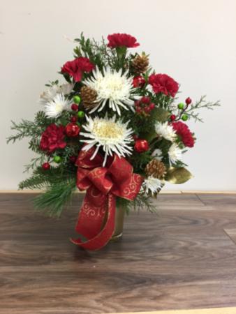 Golden sparkle Christmas arrangement