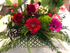 Vivian's Special  Holiday  in Byfield, MA   Anastasia's Flowers on Main