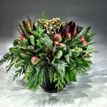 Christmas Tidings Arrangement