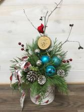 Christmas Wishes 2019 Indoor fresh Christmas Arrangement