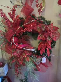 Christmas Wreath Glitter poinsettias, red cardinals & berries