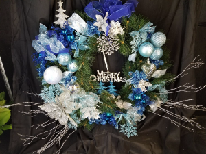 Christmas Wreath Available Artifical or Fresh in various color combinations in Clearwater, FL | FLOWERAMA