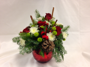 Cinnamon Sticks and Roses Table Arrangement in Detroit Lakes, MN | DETROIT LAKES FLORAL