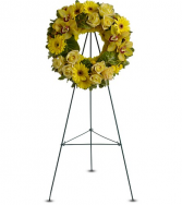 Circle of Sunshine Standing Wreath