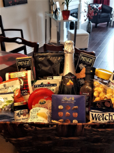 SNACKERS DELIGHT BASKET  Alcohol free