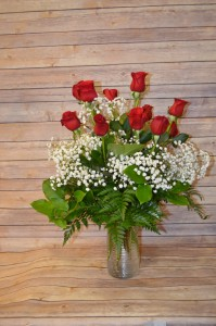 Classic 1 dozen Rose arrangement, Red