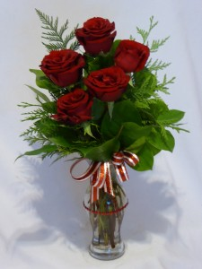 CLASSIC 5  -      Mothers Day Roses, Local Flowers and Florists in Prince George BC, Roses directly from AMAPOLA BLOSSOMS FLOWERS
