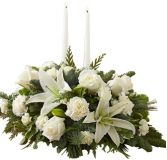 CLASSIC ALL-WHITE CHRISTMAS CENTERPIECE