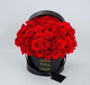 50 Red Roses in Black hat box  in Yonkers, NY | YONKERS FLORIST- BELLA'S FLOWER SHOP