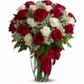 Classic Divinity Rose Arrangement