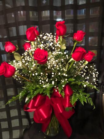 Classic Dozen  Red Rose Arrangement