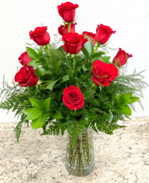 Classic Dozen Red Roses in Saint Simons Island, GA | A COURTYARD FLORIST