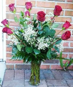 Classic Dozen Red Roses Vase