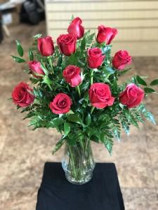 Classic Dozen Rose    12r