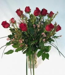 Classic Dozen Rose Arrangement