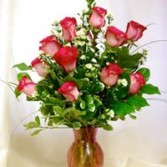 Classic Dozen Roses Comes in red & many colors