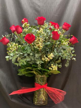 Classic Dozen Roses  Roses