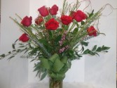 Classic Dozen Red Roses Signature Design