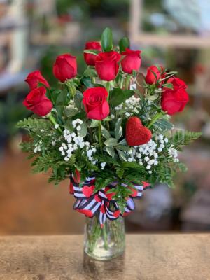 Classic Dozen  Valentine's Day in Clinton, OK | Prairie Sunshine Flowers & Balloons