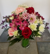 Classic Garden Vase Fresh flower arrangement