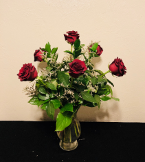 Classic Half Dozen Rose Arrangement