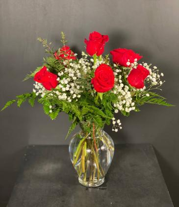 Classic Half Dozen Roses Red Rose Arrangement