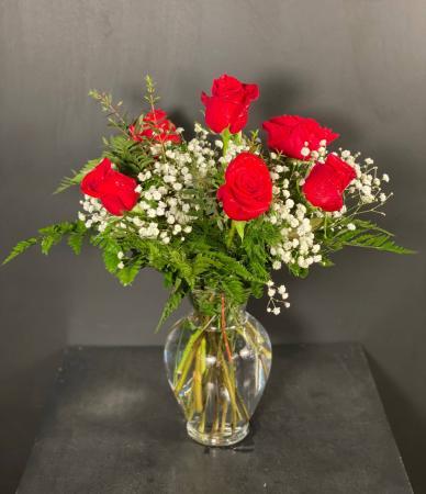 Classic Half Dozen Roses Red Rose Arrangement