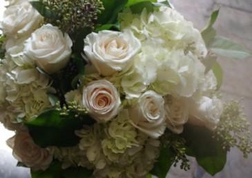 Classic  Handtied Bouquet