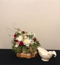 Classic Holiday Celebration Lenox Keepsake Arrangement